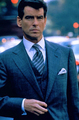 PIERCE BROSNAN IN THE THOMAS CROWN AFFAIR - pierce-brosnan photo