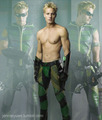 Shirtless Green Arrow