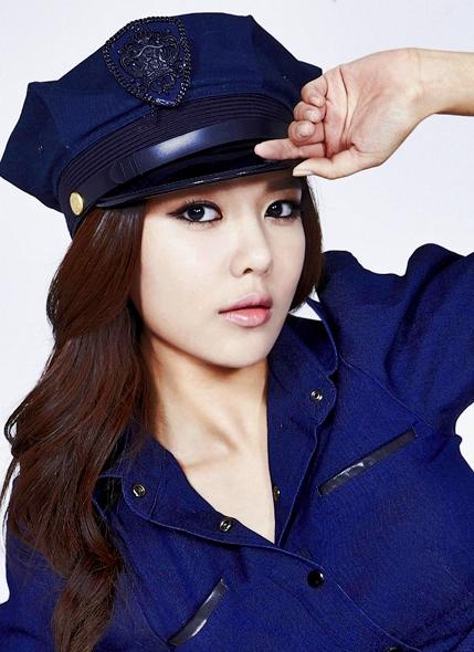TU TOP 9 - Página 5 Sooyoung-Mr-Taxi-sooyoung-27497513-429-590
