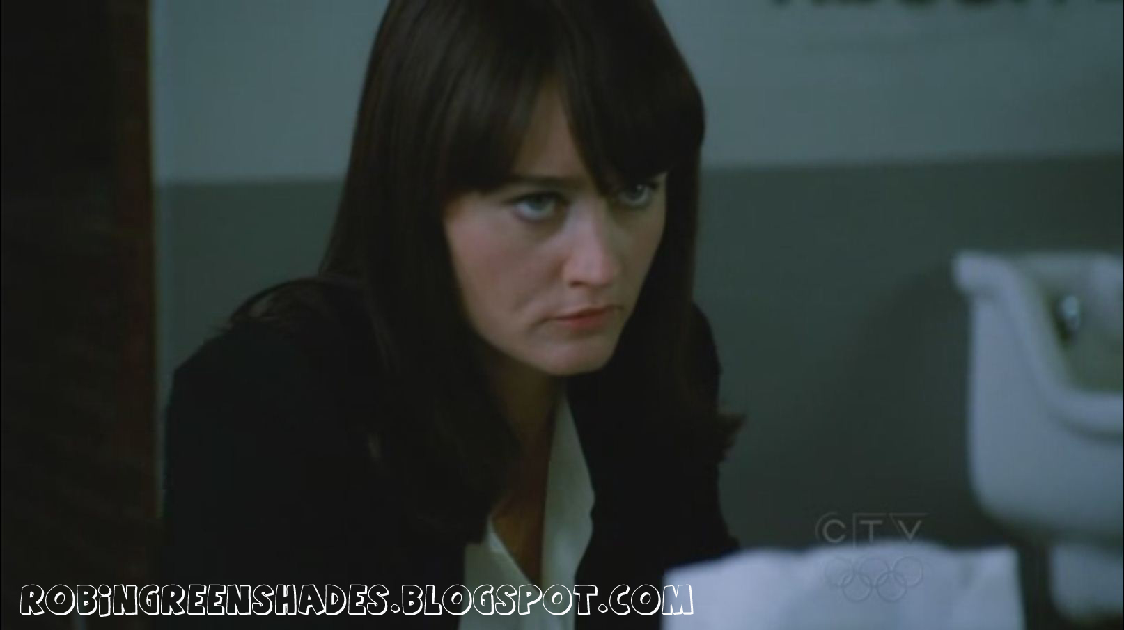 Teresa Lisbon - 2x06 Black Gold and Red Blood