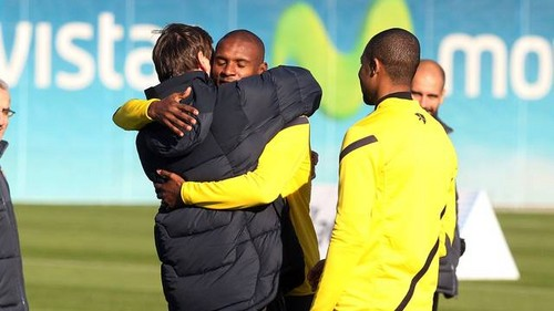 Tito Vilanova back in training - Training Session (December 7, 2011)