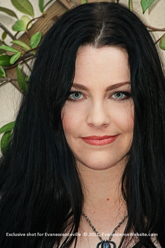 Evanescence Images Amy Lee Hd Wallpaper And Background Photos 27438865