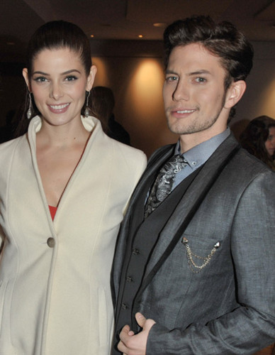 Jackson Rathbone & Ashley Greene fondo de pantalla with a business suit titled ashley and jackson