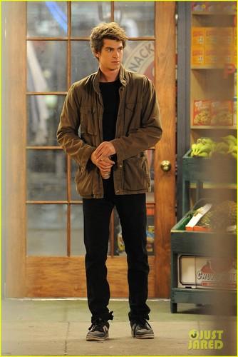 Andrew Garfield: Nighttime Spider-Man!