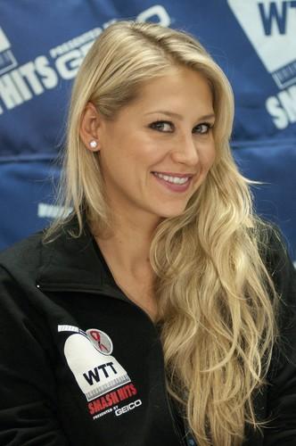 Anna Kournikova 2011