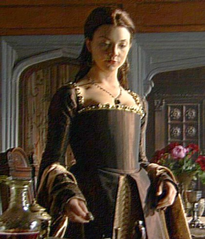 Anne Boleyn fond d'écran probably containing a surcoat, surcot and a kirtle, rapporté called Anne Boleyn