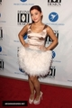 Ariana Grande - Project Angel Food's Devine ubunifu Gala 2011