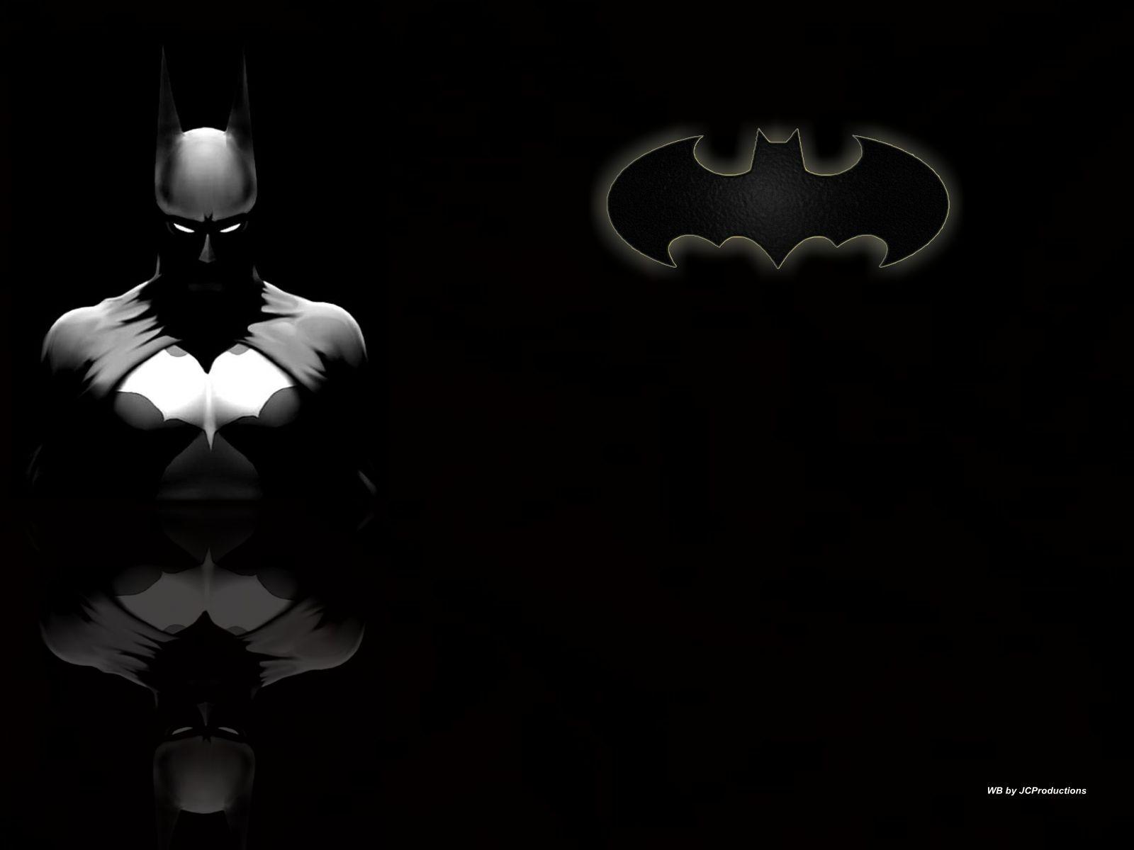バットマンとロゴのかっこいい壁紙