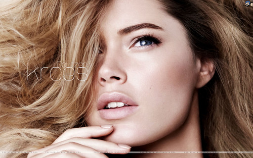 Doutzen Kroes - doutzen-kroes Wallpaper