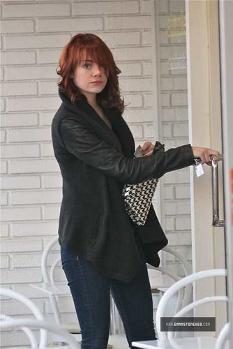 Emma Stone In Los Angeles 12/07