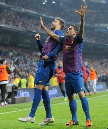 Gerard Piqué- FC Barcelona (3) v Real Madrid (1) - La Liga