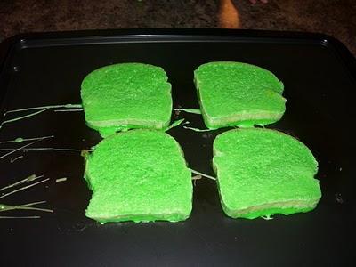 Green French roti panggang