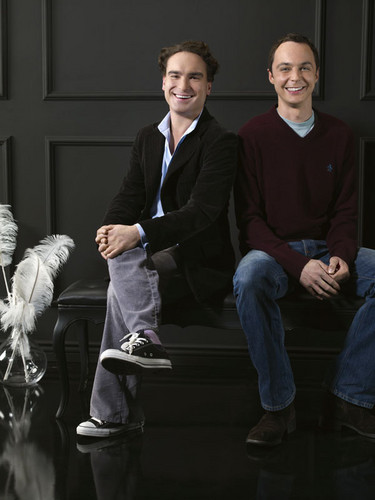 Jim Parsons wallpaper containing a business suit, a suit, and a well dressed person titled Jim Parsons and Johnny Galecki