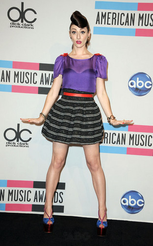 Karmin @ the AMA&#39;s - karmin Photo