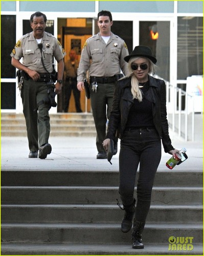 Lindsay Lohan: Courthouse Visit in Santa Monica