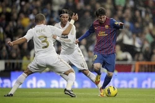 Lionel Messi - FC Barcelona (3) v Real Madrid (1)