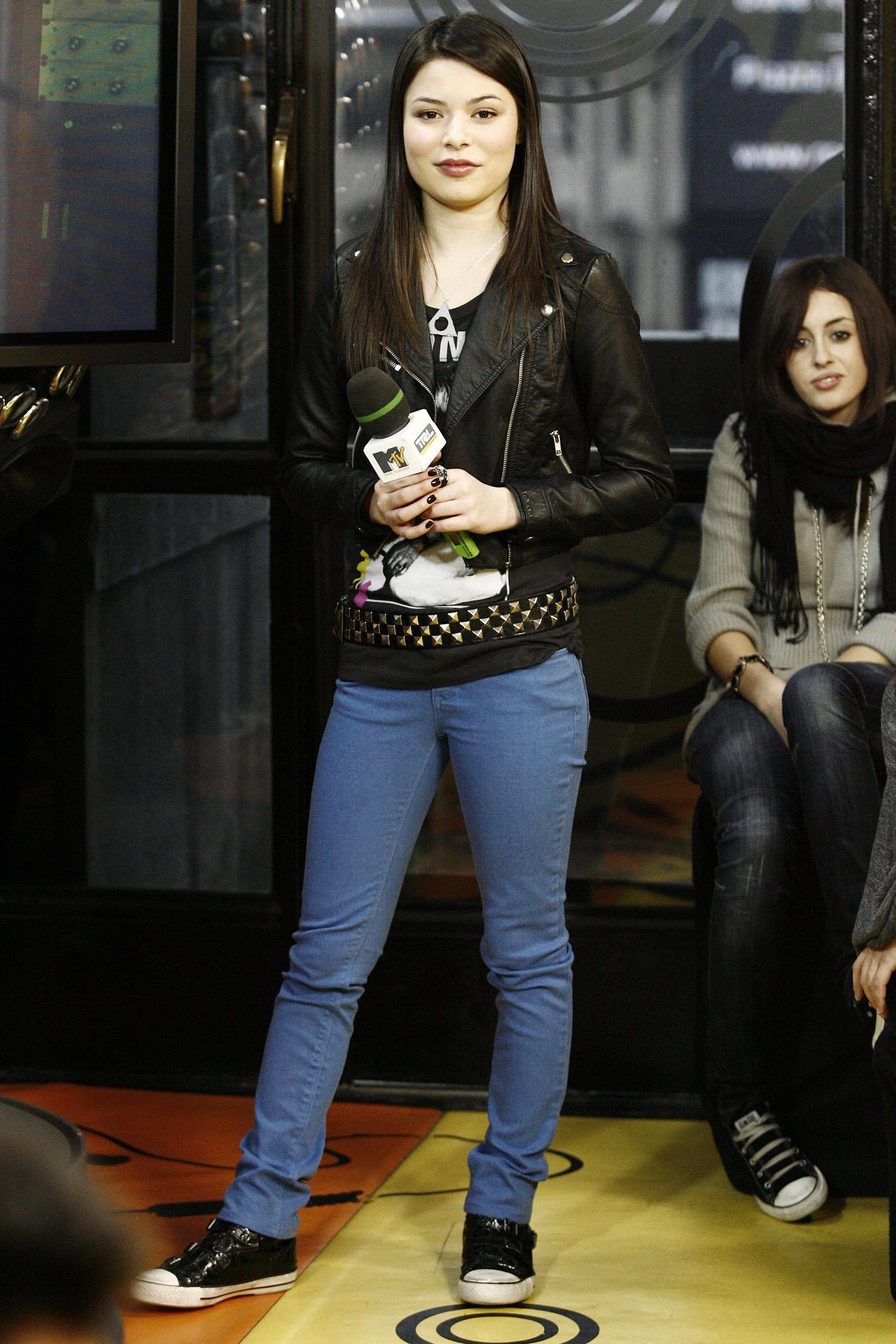 Miranda Cosgrove MTV's TRL in Milan (2008)