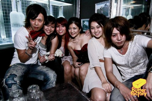 Reno and Shin at  the club - vivid-fan-club Photo