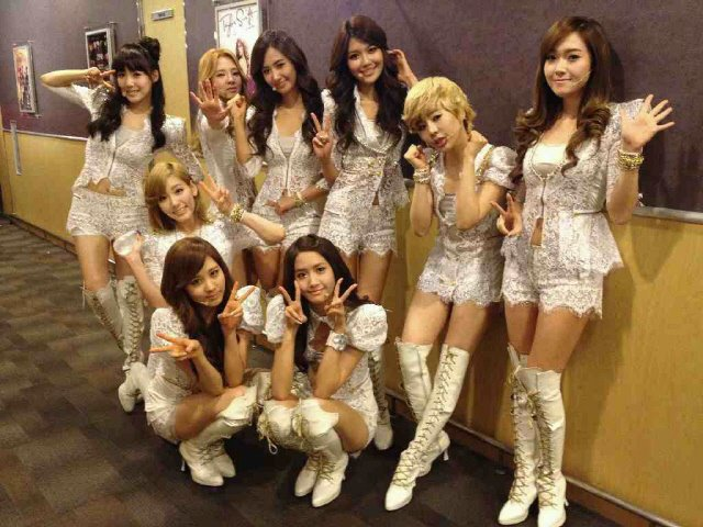 SNSD @ 2011 Girls' Generation Tour - Singapore Indoor Stadium Backstage