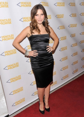 Sophia @ The Pencils Of Promise 2011 Charity Gala - November 17