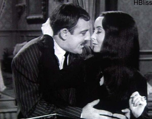 The Addams Family 1964 پیپر وال called Morticia & Gomez