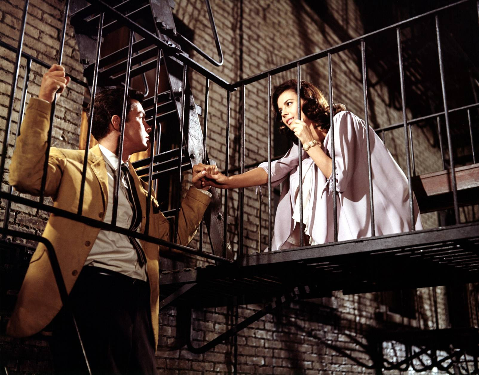 West side story west side story photo 27587963 fanpop for The balcony film