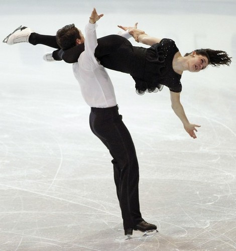 Tessa Virtue & Scott Moir wallpaper possibly containing a hip boot entitled grand prix final 11 - practice