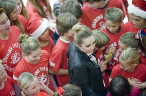 miley -holiday P@RtY