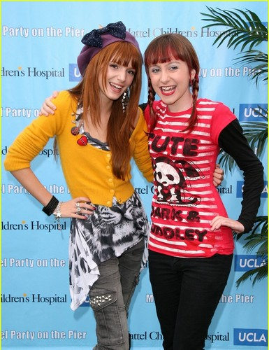 Shake It Up wallpaper possibly containing long trousers, a top, and a pantleg entitled shake it up...<3