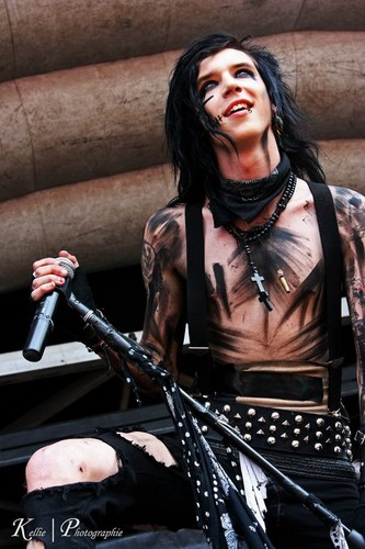 *****Andy Biersack***** - hot-guys Photo