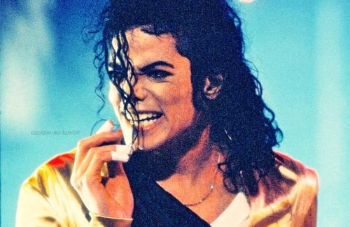 ◕‿◕ MJ ♥