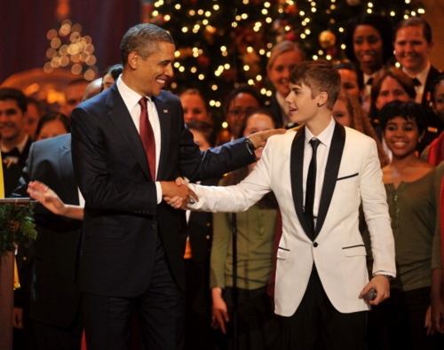 justin & obama navidad In Washington DC