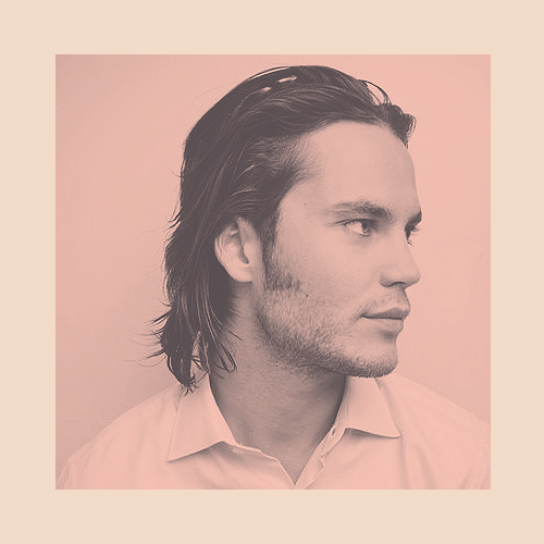 Taylor Kitsch wallpaper possibly with a portrait titled ►taylor kitsch;