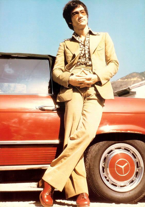 Bruce-Lee-bruce-lee-27638621-564-800.jpg