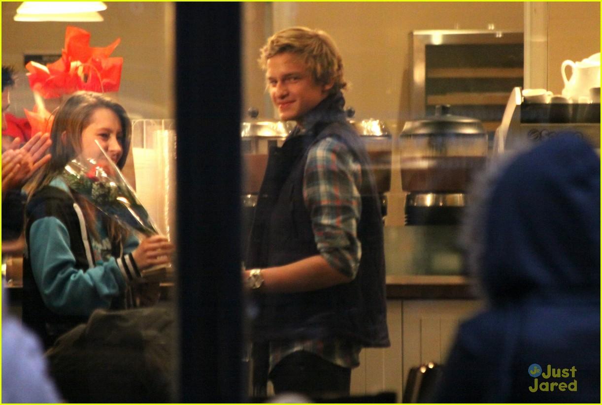 Cody Simpson Montreal Man cody simpson 27678291 1222 823 - Cody Simpson