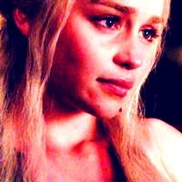 Daenerys in 1x07 'You Win of u Die'