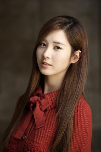 "Girls' Generation Seohyun SM Town Winter Album"" The Warmest Gift"""