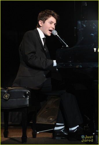 Greyson Chance: Bill of Rights jantar