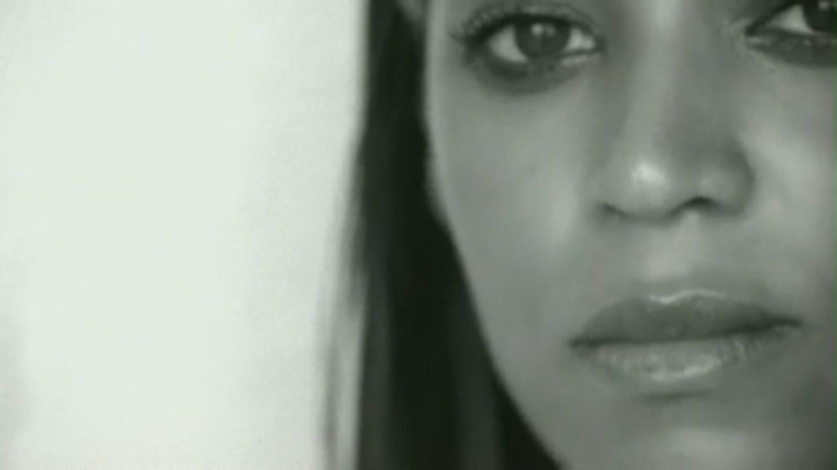 if i was a boy Beyoncé - if i were a boy (tradução) (música para ouvir e letra da música com legenda em português) if i were a boy / i think i could understand / how it feels to love a girl / i swear i'd be a better man.