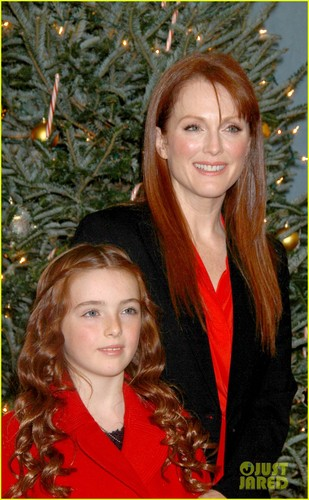 Julianne Moore: 'Freckleface fraise the Musical'!