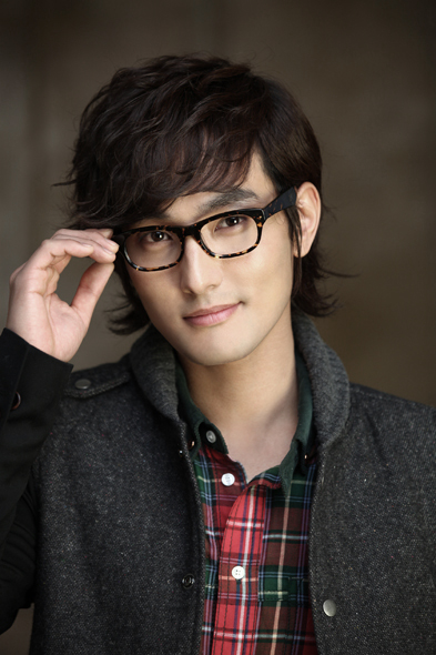 "Kangta SM Entertainment Winter Album ""The Warmest Gift"""