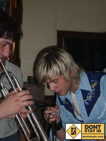 Keith Harkin Hintergrund probably with an euphonium, a cornet, and a baritone called Keith