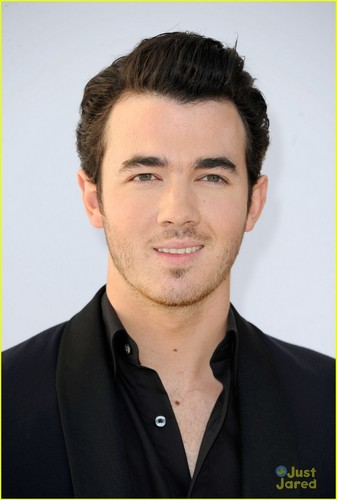 Kevin Jonas: Video Game Awards 2011