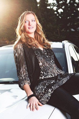 Kvitova : Here, a photographer optically amplified her thighs ..