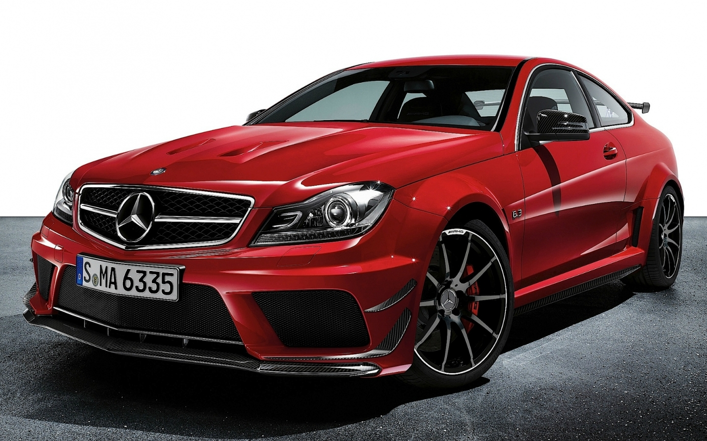Mercedes benz c63 amg coupe mercedes benz wallpaper for The price of mercedes benz