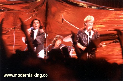 Modern Talking achtergrond containing a concert entitled MODERN TALKING