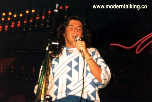 Modern Talking achtergrond containing a concert called MODERN TALKING
