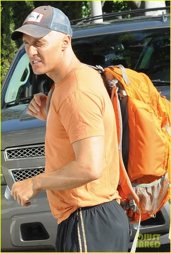 Matthew McConaughey: Shaved Head in Beverly Hills!