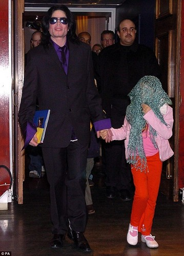 Michael&Paris-London 2005