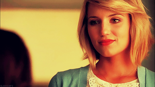 Quinn Fabray 壁紙 possibly containing a portrait called Quinn